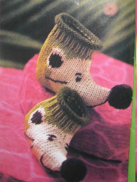 Ежики - игрушки вязанные